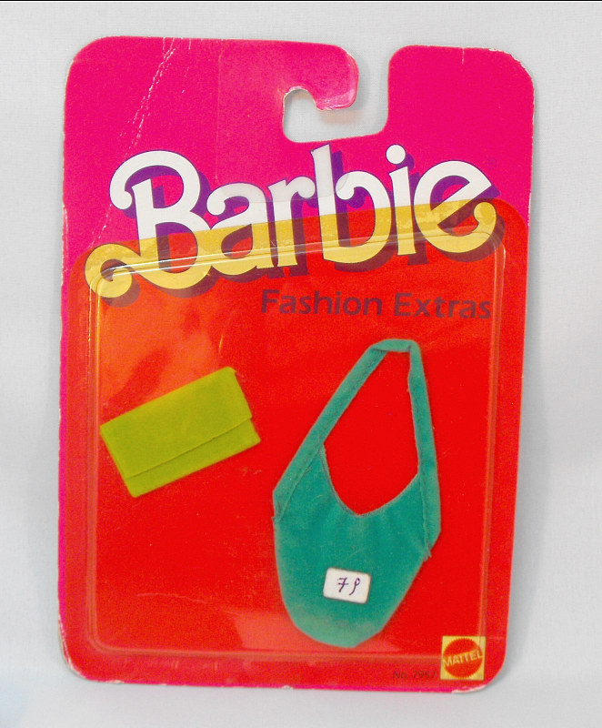 Barbie - Fashion Extras (yellowed)