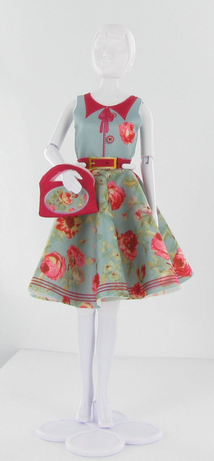 Dress Your Doll - Peggy Peony