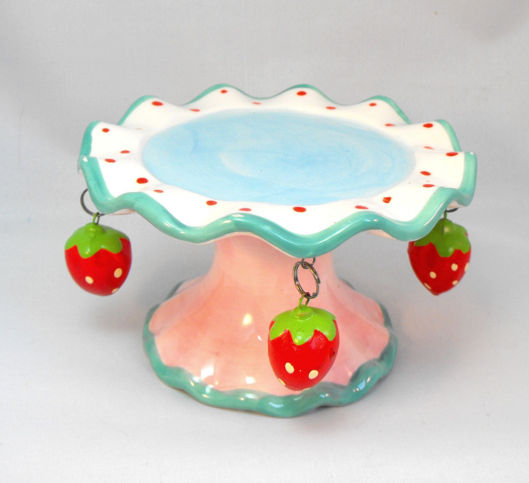 Mini Cake Stand Hanging Strawberry